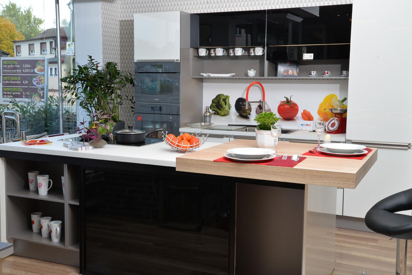 Küchenausstellung von Küchen und Wohnideen - Baron-Arens